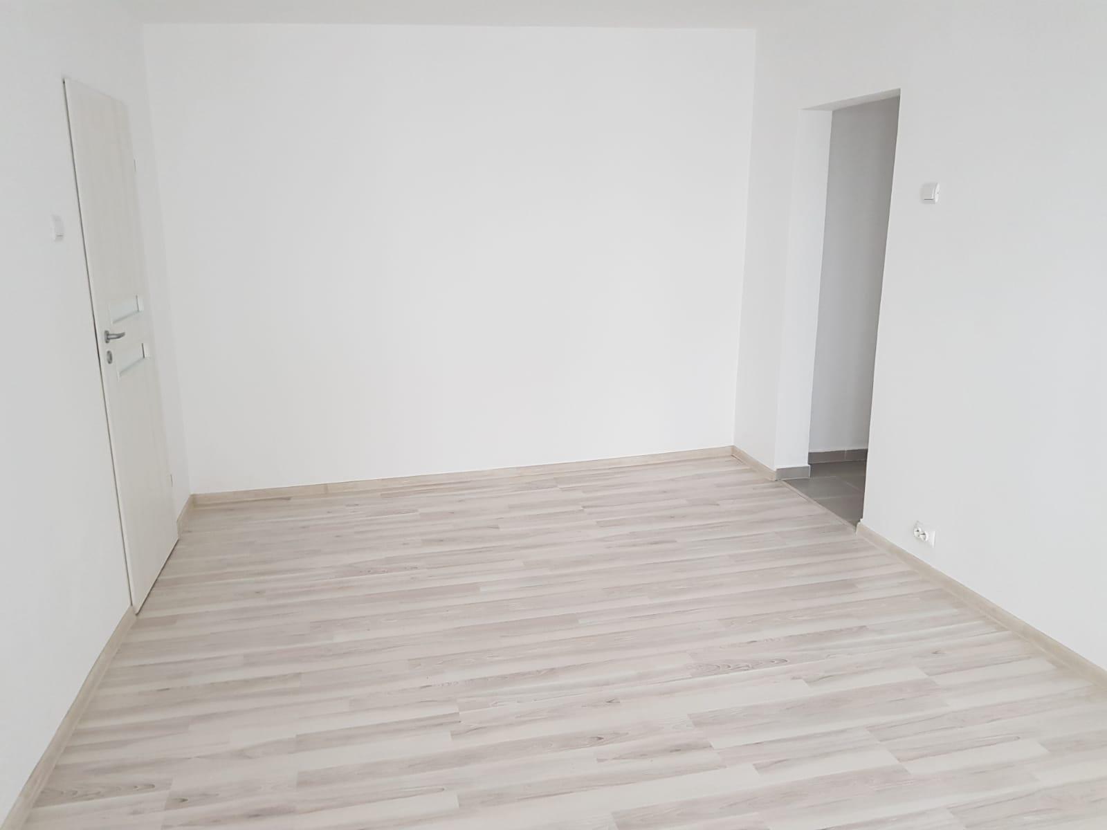 Apartament 3 Camere etaj 1 zona Han